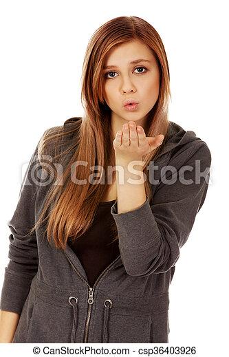 adolescente, mulher, enviando, beijo - csp36403926
