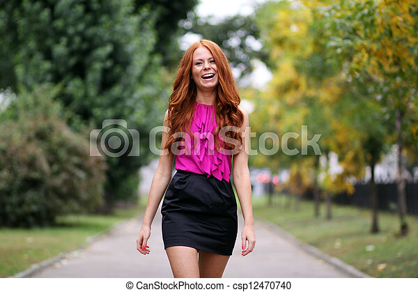 bonito, outono, mulher, parque, jovem - csp12470740