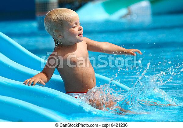 corrediça água, criança, aquapark. - csp10421236