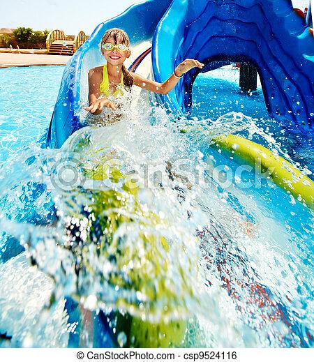 corrediça água, criança, aquapark. - csp9524116