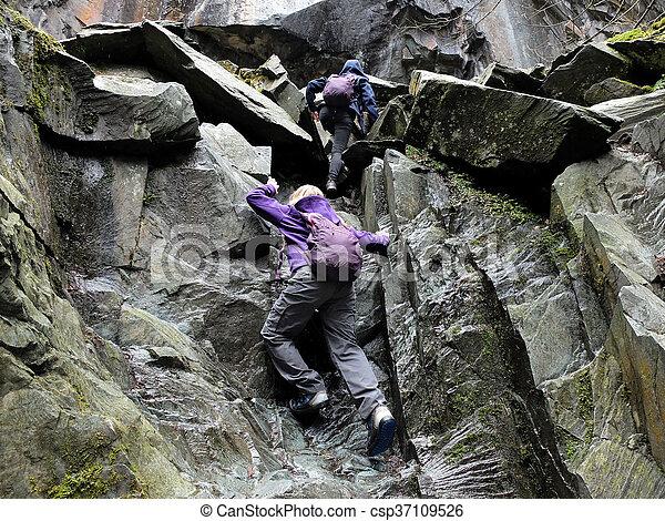 escalando, crianças, pedras - csp37109526