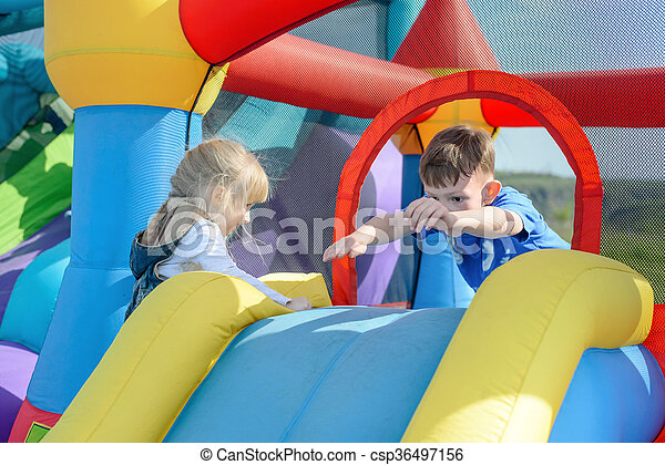 escorregar, escalando, bouncy, pular, crianças - csp36497156