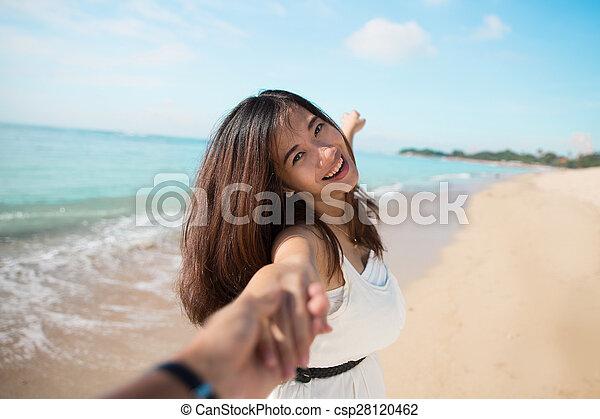 executando, mulher, praia, jovem, feliz - csp28120462
