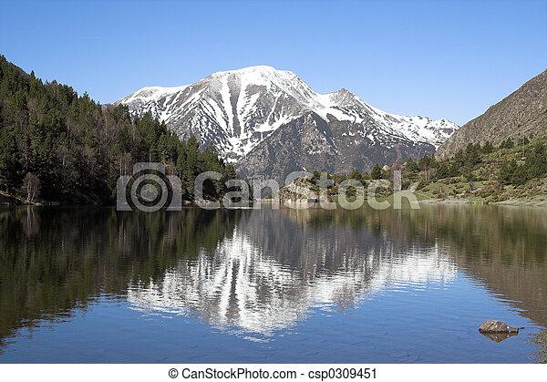 lago montanha - csp0309451