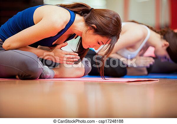 meditação, classe ioga - csp17248188