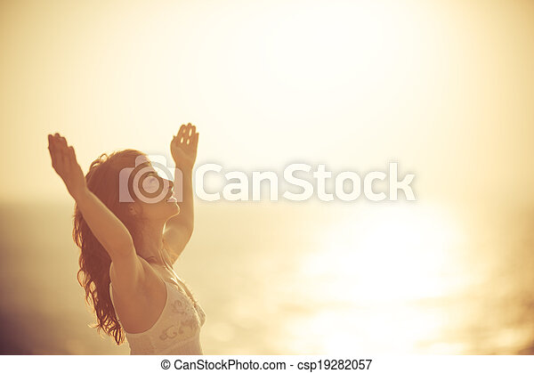 mulher, praia, relaxante, feliz - csp19282057