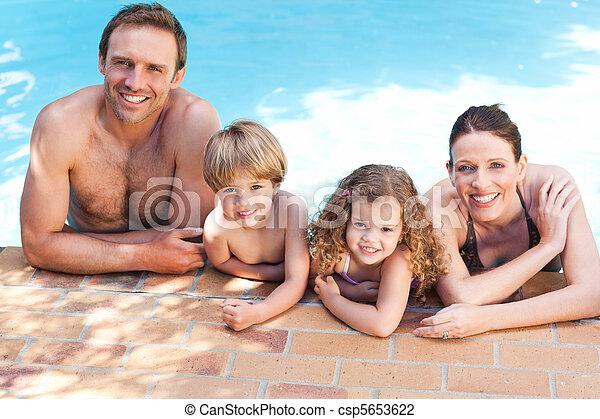 piscina, natação, ao lado, família, feliz - csp5653622